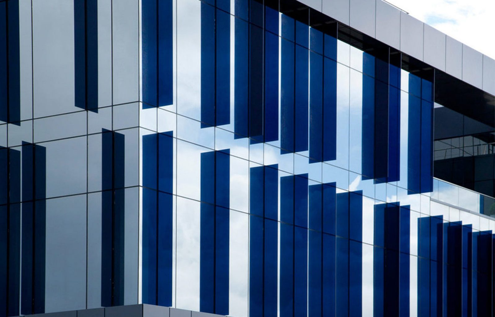 Grifols - Glass Fins - Curtain Wall Systems - APA Facade Systems