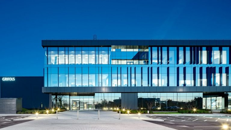 Grifols - Curtain Wall Systems - APA Facade Systems