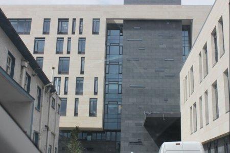 misa building st james hospital outside
